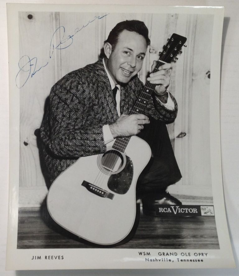 Signed Photograph. Jim REEVES.
