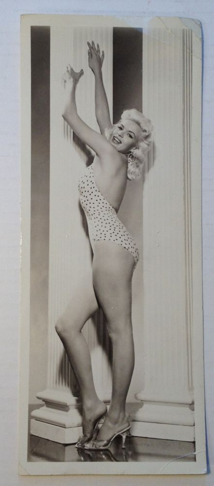 Typed Letter Signed on a Postcard. Jayne MANSFIELD, 1933 - 1967.
