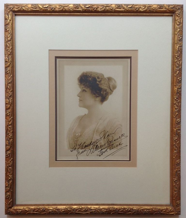 Framed Inscribed Vintage Photograph. Lillian RUSSELL, 1860 - 1922.