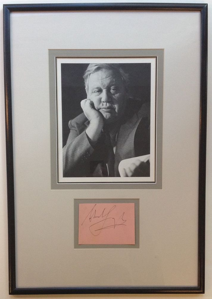 Signature Framed with Photograph. Charles LAUGHTON, 1899 - 1962.