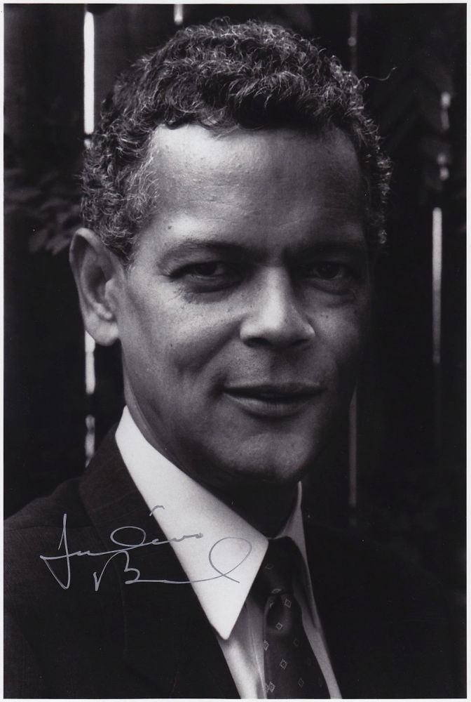 Signed Photograph. Julian BOND, 1940 - 2015.