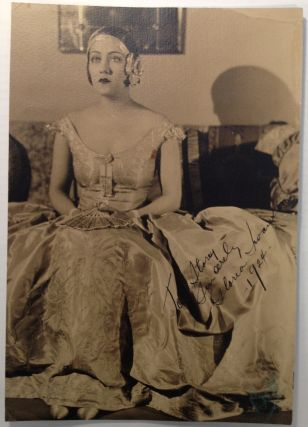 Inscribed Vintage Photograph. Gloria SWANSON, 1899 - 1983