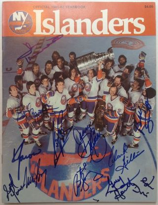 Signed Yearbook. NEW YORK ISLANDERS.