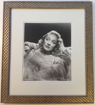 Framed Signed Photograph. Marlene DIETRICH, 1901 - 1992.