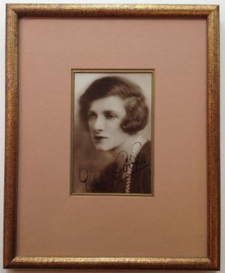 Framed Signed Photograph. Gladys COOPER, 1888 - 1971