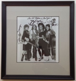 Framed Inscribed Photograph. DIXIE CHICKS