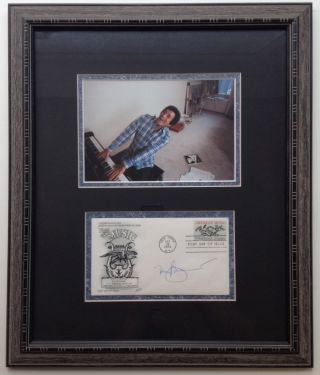 Framed Signed Envelope commemorating America's musical contribution. Tony BENNETT, 1926
