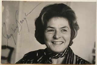 Signed Photograph. Ingrid BERGMAN, 1915 - 1982.