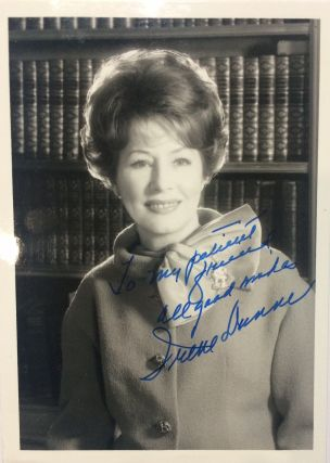 Signed Photograph. Irene DUNNE, 1898 - 1990